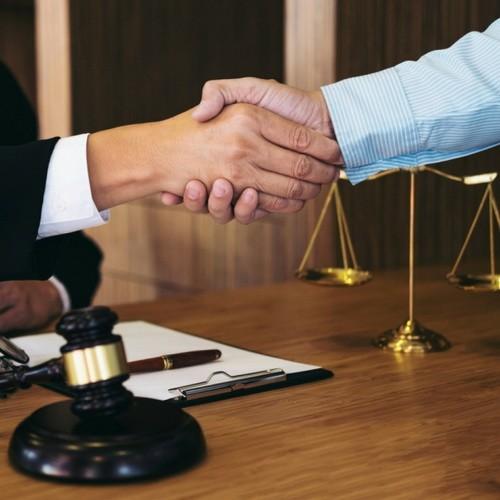 Защита бизнеса в Крыму, адвокат в Симферополе